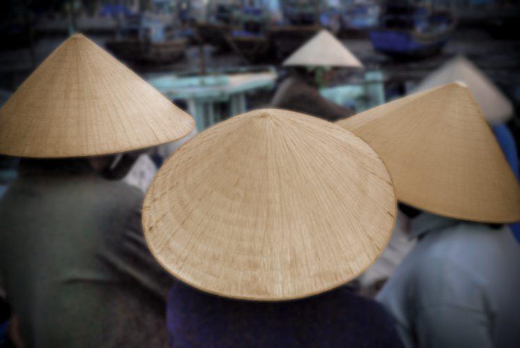 Vietnamese people in a market