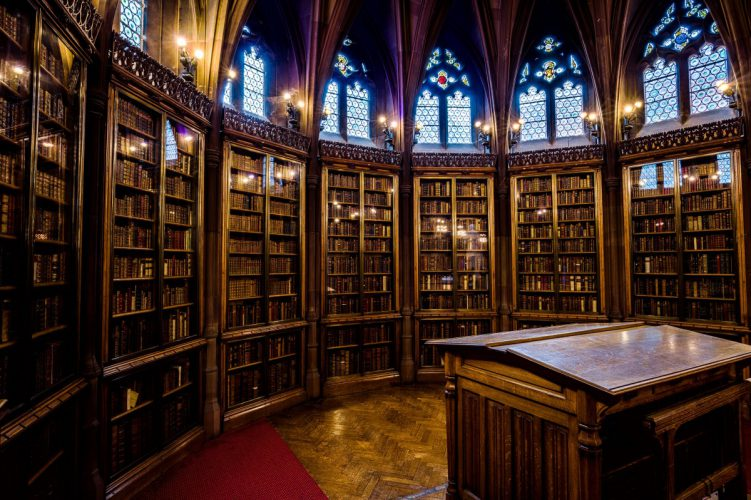 Fantastic Libraries in Fiction