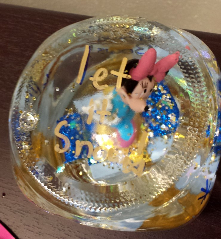 Minnie snowglobe top by Jessi S. age 12