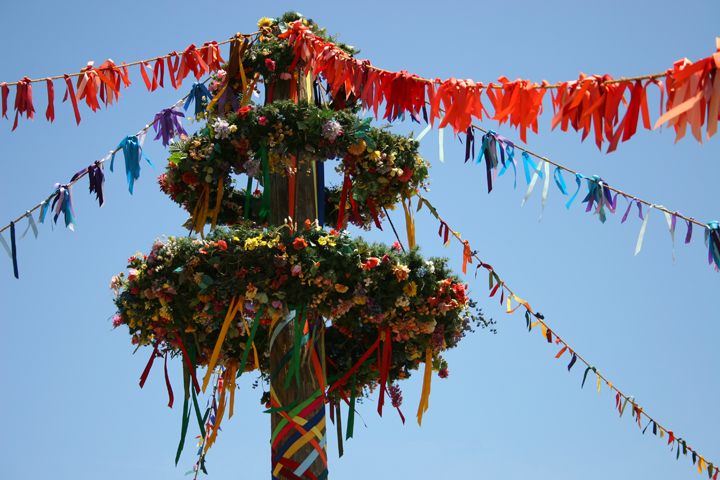 image of maypole by Aprll Killingsworth