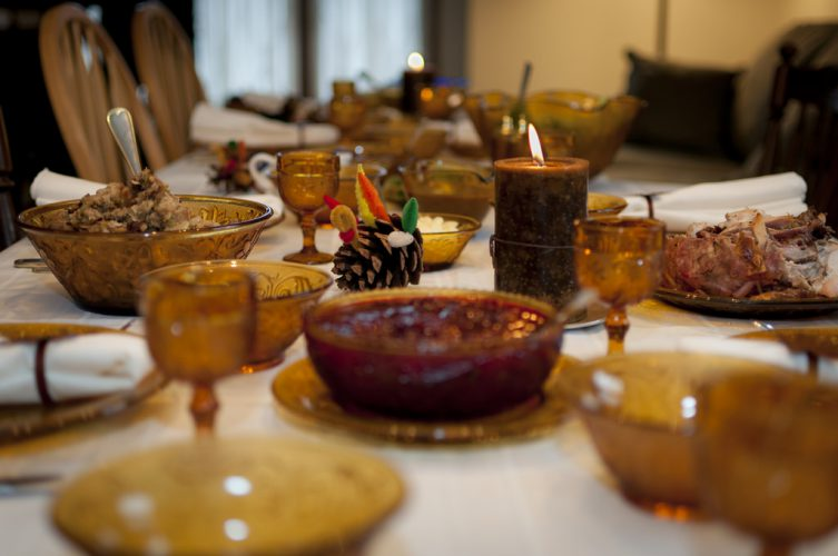image-thanksgiving-table